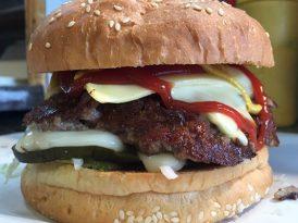 77年歷史 終於首開分店 Andrew's Burger足料多汁漢堡包