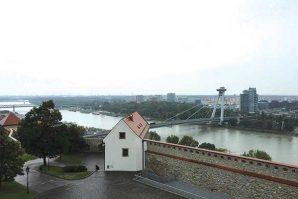 老而年輕 斯洛伐克Bratislava